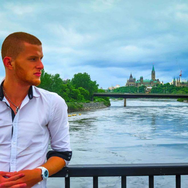Le parlement d'Ottawa  - Mon Histoire