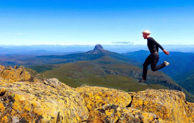 Au sommet de Cradle Mountain en Tasmanie  - Mon Histoire