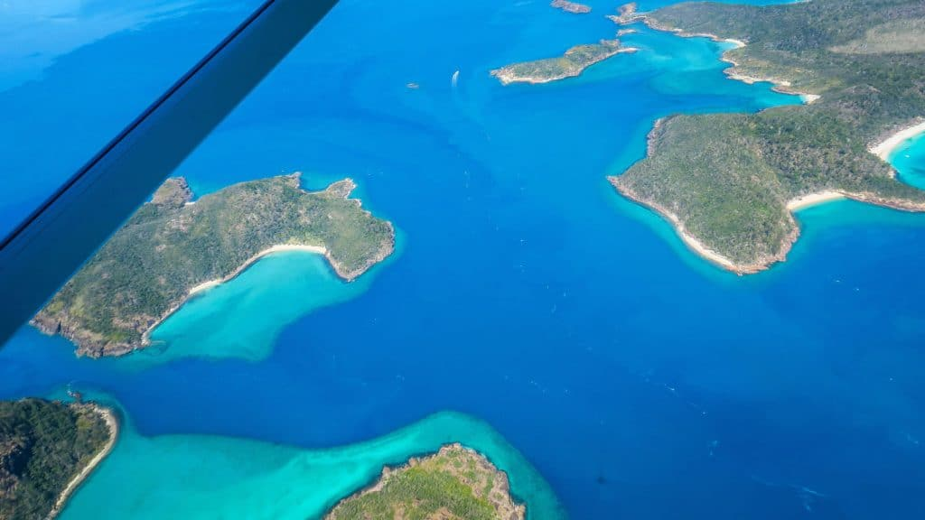Survol des Whitsunday Islands