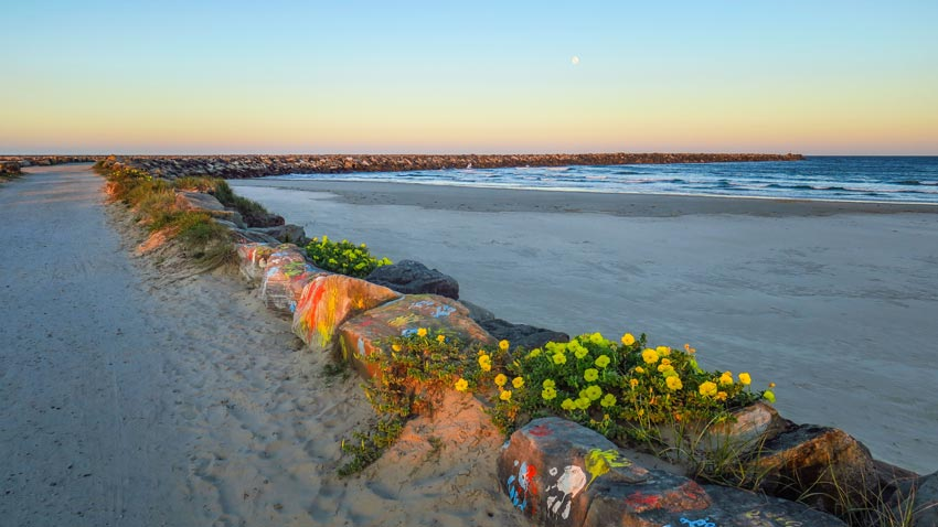 La plage de Yamba au coucher du soleil